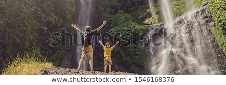 Pai filho cachoeiras bali ilha Indonésia Foto stock © galitskaya
