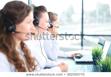 Donna uomo indossare auricolare computer panorama Foto d'archivio © photography33