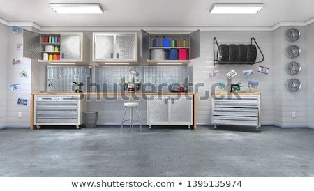 Garaje almacenamiento suburbano utilizado completo casa Foto stock © THP