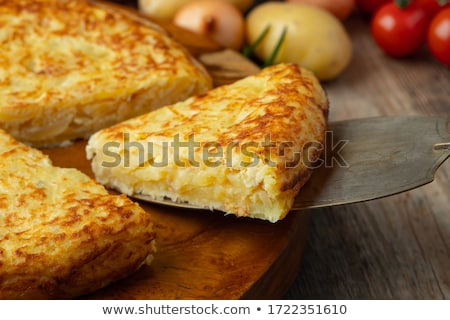 frito · batata · quadro · alho · temperos · mesa · de · madeira - foto stock © m-studio