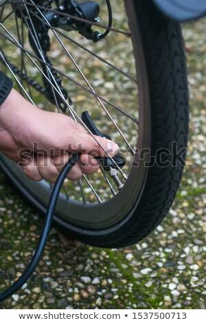Fiets band fitness oefening wiel fietsen Stockfoto © njaj