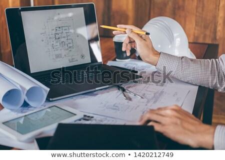 Plan bureau homme heureux communication parler Photo stock © wavebreak_media