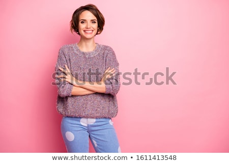 Volwassen zakenvrouw gevouwen armen geïsoleerd witte Stockfoto © Kzenon