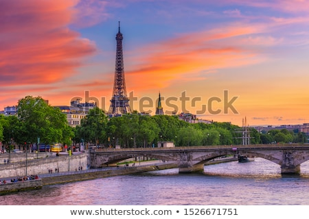 Foto stock: Ver · Torre · Eiffel · nascer · do · sol · Paris · França · céu