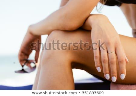 mooie · jonge · schoonheid · gouden · ring · gezicht - stockfoto © dolgachov