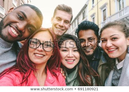 Csoport mosolyog nők elvesz Róma nyári vakáció Stock fotó © dolgachov