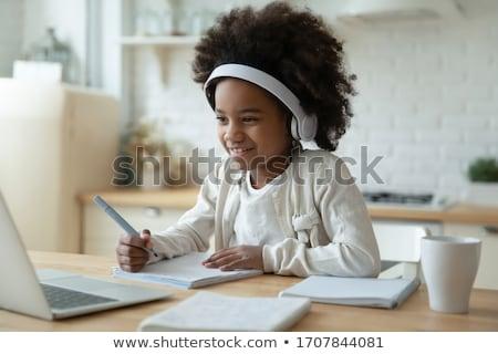çocuk yazmak dikkat mutfak masası aile kâğıt Stok fotoğraf © Lopolo