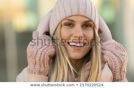 frizura · vonzó · barna · hajú · nő · imádnivaló · arc - stock fotó © dashapetrenko