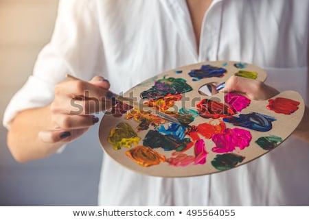 Retrato feminino pintor pincel casa Foto stock © wavebreak_media
