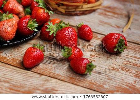 свежие клубники деревянный стол зрелый красный Сток-фото © premiere