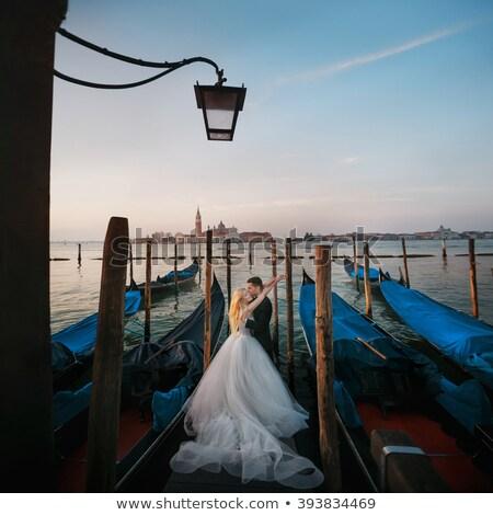 pan · młody · oblubienicy · trzymając · się · za · ręce · Wenecja · kobieta · niebieski - zdjęcia stock © is2