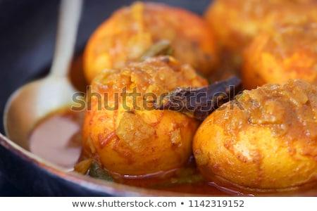 Tradicional picante ovo caril subcontinente indiano panela Foto stock © bdspn