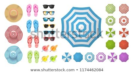 Koktélok szalmakalap napszemüveg tengerparti homok vakáció utazás Stock fotó © dolgachov