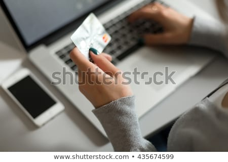 Tranzakció mobil hitelkártya nő pénz asztal Stock fotó © ra2studio