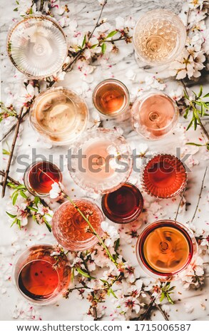 şarap bardakları şarap ışık cam sanat gözlük Stok fotoğraf © crisp