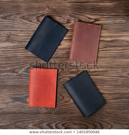 lop · hitelkártya · ki · pénztárca · izolált · fehér - stock fotó © rtimages