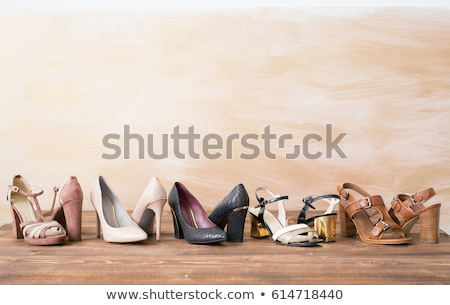 Femme chaussures la texture du bois glamour isolé mariage Photo stock © cypher0x