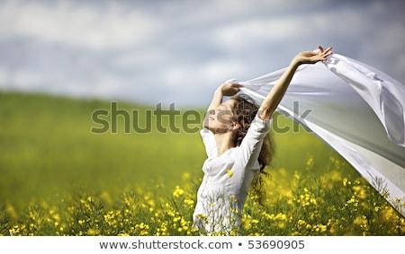 счастливым женщину белый кусок ткань ветер Сток-фото © lichtmeister