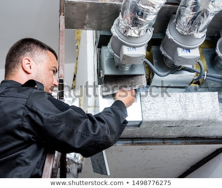 Szellőzés takarító dolgozik levegő férfi férfiak Stock fotó © Lopolo