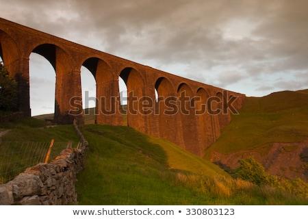 Velho yorkshire parque grã-bretanha natureza ponte Foto stock © CaptureLight