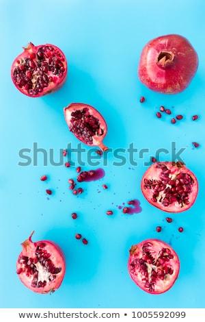 yarım · nar · meyve · mavi · taze · kırmızı - stok fotoğraf © Illia