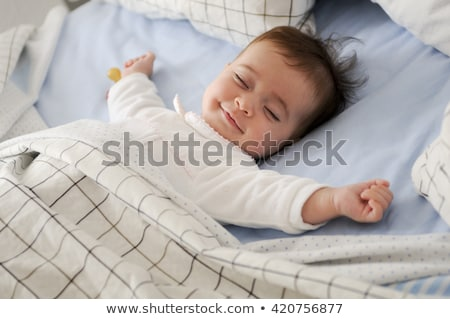 aranyos · kicsi · baba · alszik · rózsaszín · plüssmaci - stock fotó © anna_om