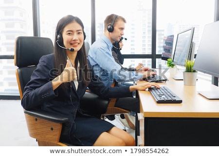 call · center · agente · jovem · mulher · bonita · telefone - foto stock © photography33