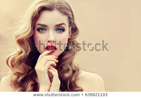 Foto stock: Retrato · loiro · bela · mulher · lábios · vermelhos · branco · mulher