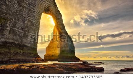 beroemd · rock · strand · verticaal · hemel · landschap - stockfoto © tilo