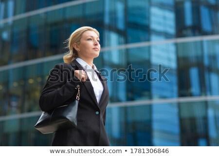 kadın · kenar · uçurum · olgun · kadın · oturma · manzaralı - stok fotoğraf © is2