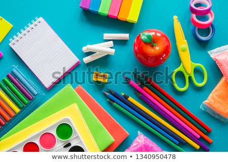 Stockfoto: Terug · naar · school · boeken · rode · appel · groene · stilleven