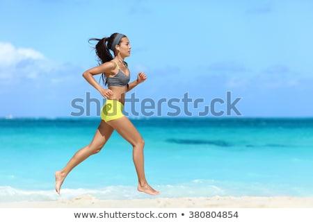 ランナー · 女性 · リスニング · 音楽 · 画像 · 若い女性 - ストックフォト © deandrobot