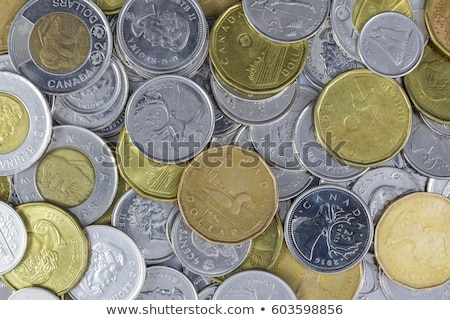 pénz · érmék · számlák · tekert · felfelé · föld - stock fotó © ca2hill