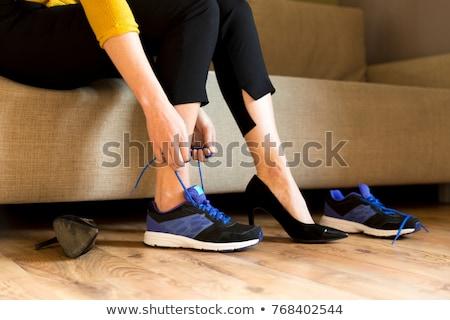 corrida · moda · pernas · bolsa · de · compras · branco · compras - foto stock © Lighthunter