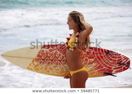 uygun · sörfçü · kız · plaj · sörf - stok fotoğraf © wavebreak_media