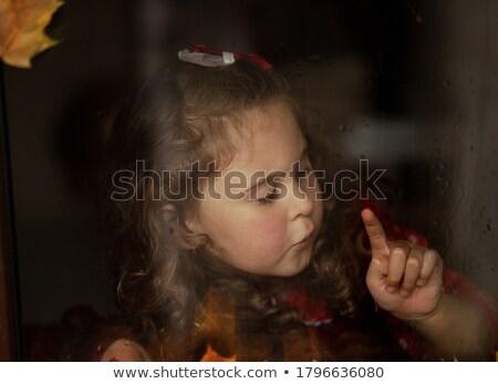 Retro weduwe portret blonde vrouw handen Stockfoto © stryjek