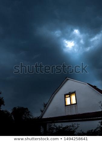 Eenzaam huis dramatisch hemel groene wolken Stockfoto © Kayco