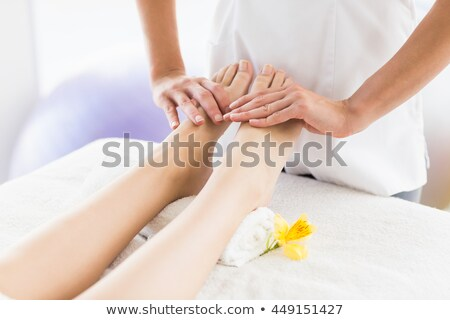 マッサージ師 脚 マッサージ 女性 ベッド 医療 ストックフォト © AndreyPopov