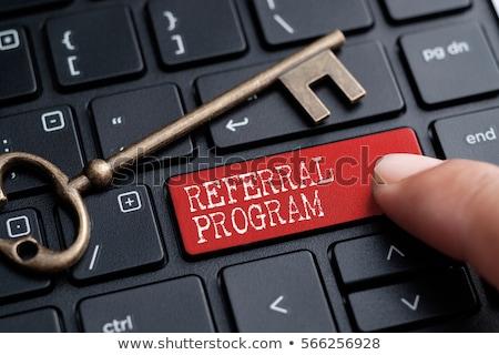 teclado · vermelho · botão · em · desenvolvimento · seo · estratégia - foto stock © tashatuvango