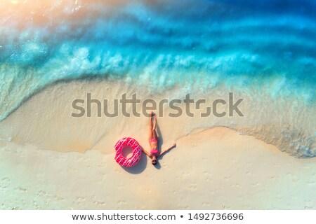 Jonge slank vrouw zandstrand zomer vakantie Stockfoto © Nobilior
