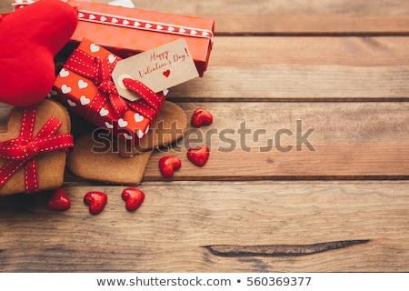 valentijnsdag · harten · kaarsen · rozenblaadjes · witte · kamer - stockfoto © grafvision