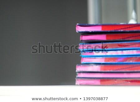 Gedruckt Zeitungen beschäftigt Senior jungen Stock foto © pressmaster