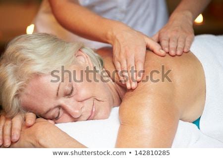 senior · mulher · dor · abrir · lata · mãos - foto stock © photography33