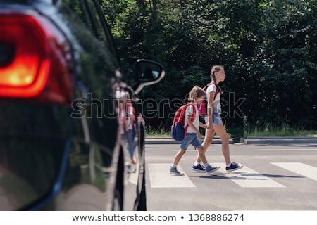 vigyázat · gyalogos · felirat · motorosok · völgy · fa - stock fotó © trgowanlock