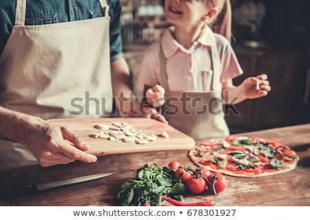 Ev yapımı pizza sevimli küçük kız kız Stok fotoğraf © gewoldi