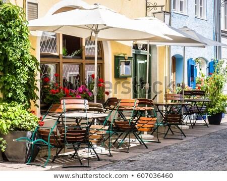 trottoir · cafe · stoelen · outdoor · regenachtig · dag - stockfoto © zhekos
