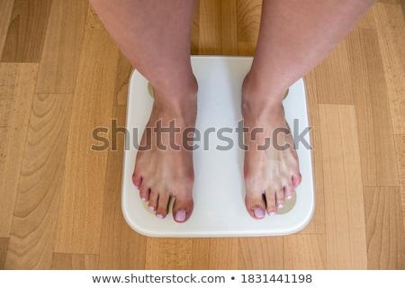 Jeune femme faible chambre étage Homme Photo stock © IS2
