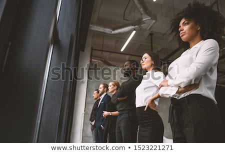 Empresários veja longe futuro trabalho em equipe Foto stock © alphaspirit