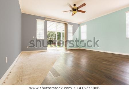 Lege kamer doorsnede tonen nieuwe houten vloer verf Stockfoto © feverpitch