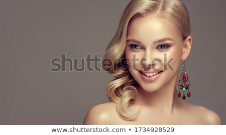 hosszú · haj · divat · szőke · lány · fehér · hullámos - stock fotó © victoria_andreas